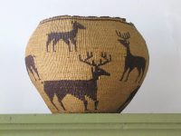 shasta-style-native-grass-basket-with-deer-motif