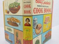 spine-and-covers-of-1961-betty-crocker-new-picture-cookbook