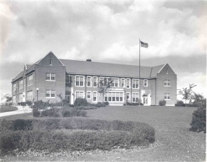 Black and white photo of North Street School