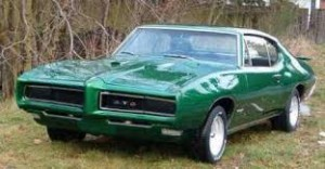Image of a green Muscle car