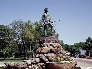 view-of-lexington-minuteman-statue