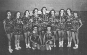 1953-girls-basketball-team-in-uniform